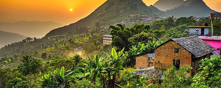 Trekking culturale, tra villaggi monasteri