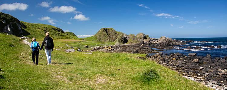 Wandern und Sightseeing in Irlands historischem Osten