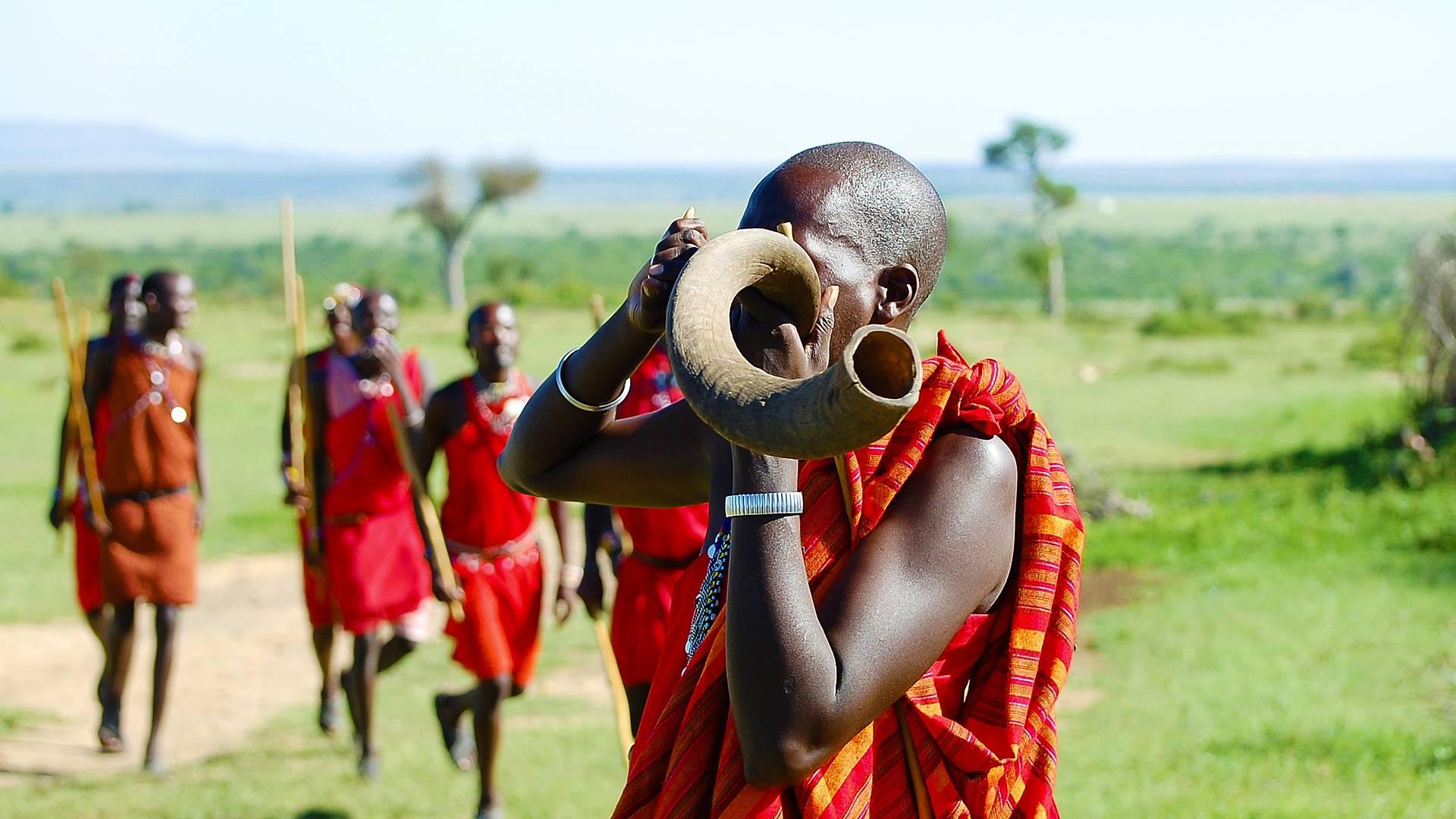 Inmersión cultural y experiencia safari