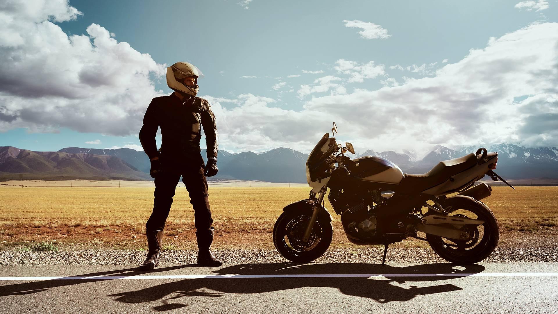 Avventura in moto: dal deserto alle montagne del Marocco