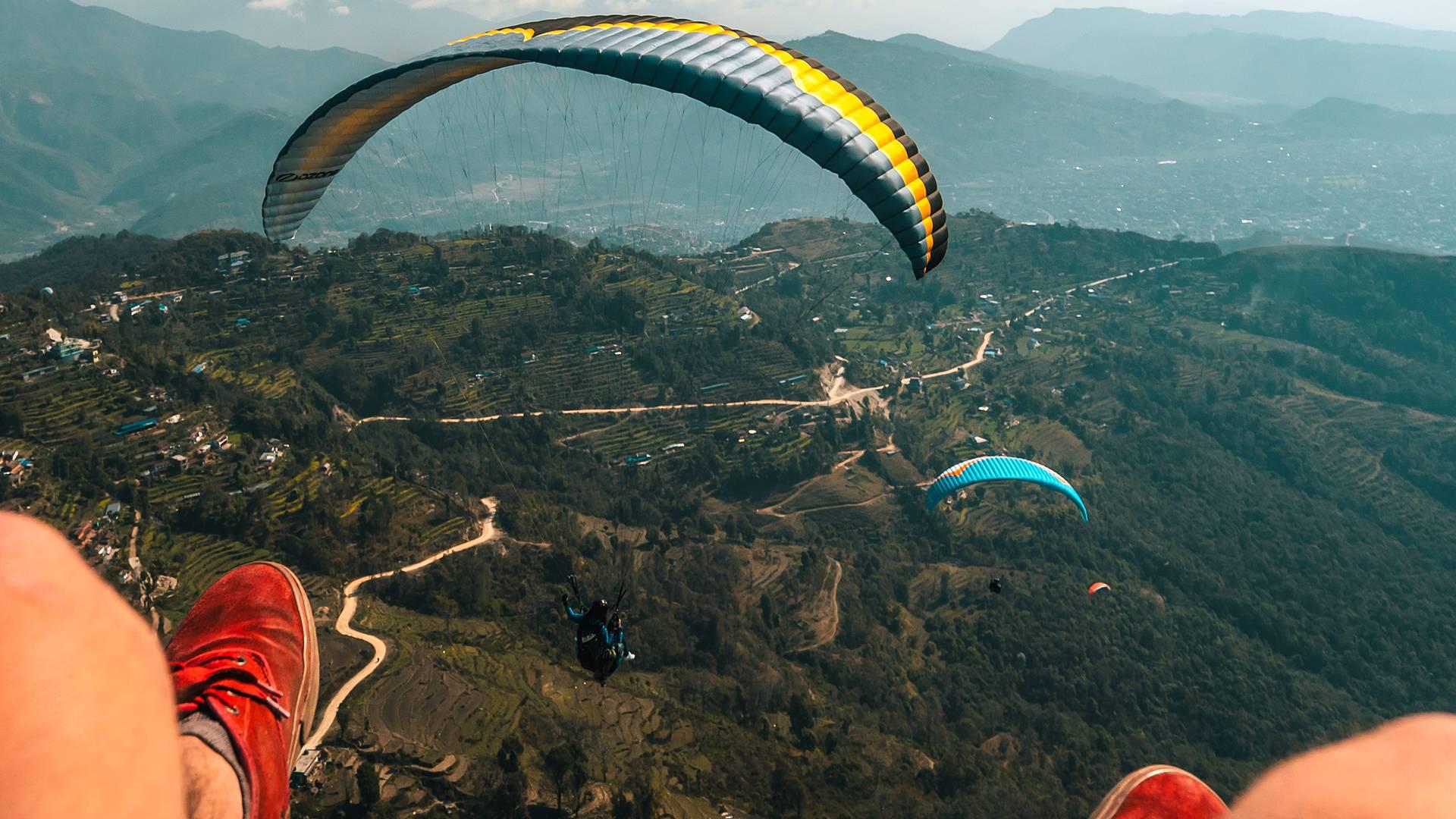 Bungee Jumping, rafting e le vertiginose vette dell'Himalaya