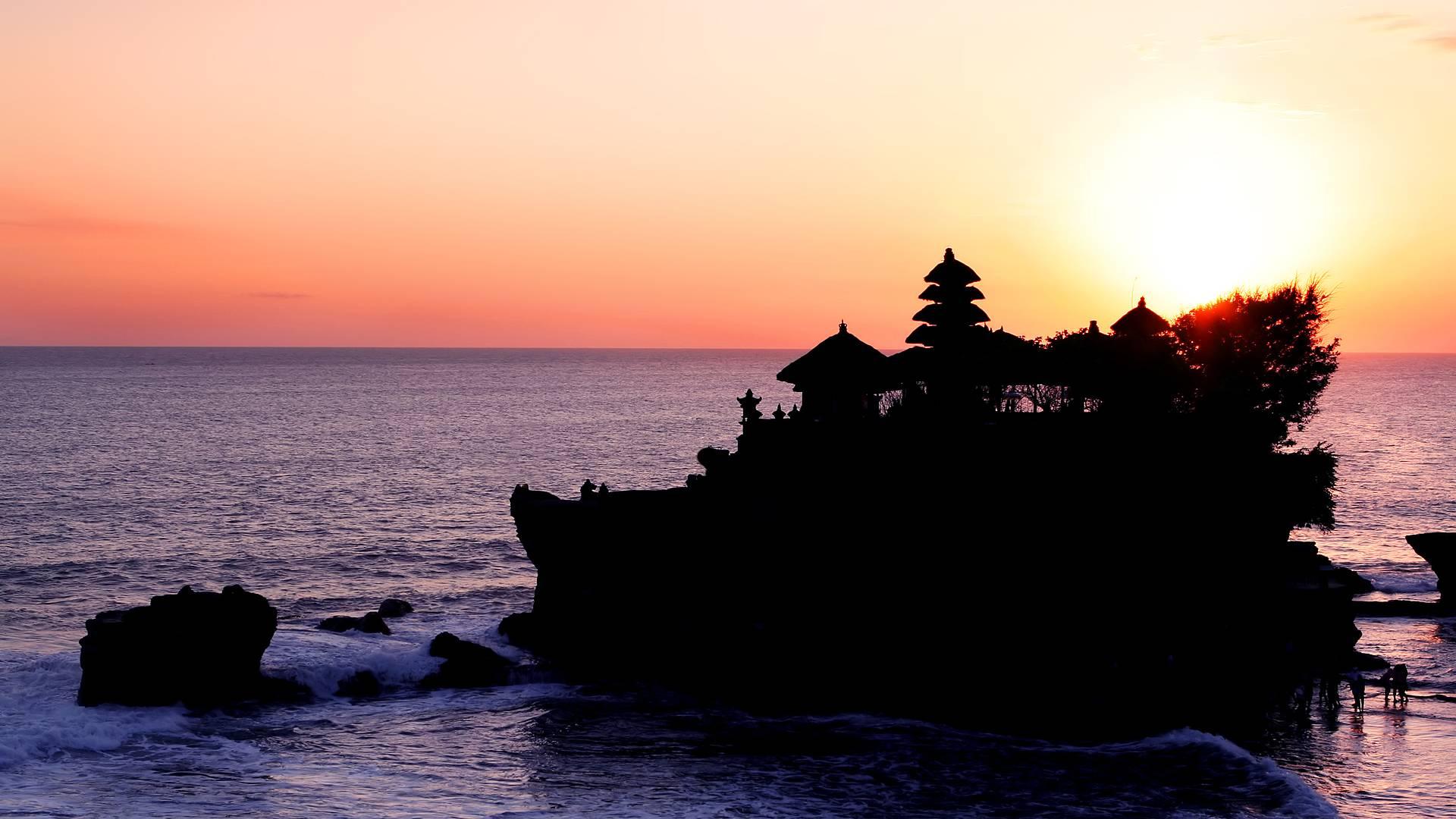 Bali: Cultura, Naturaleza, Tradición y Playas