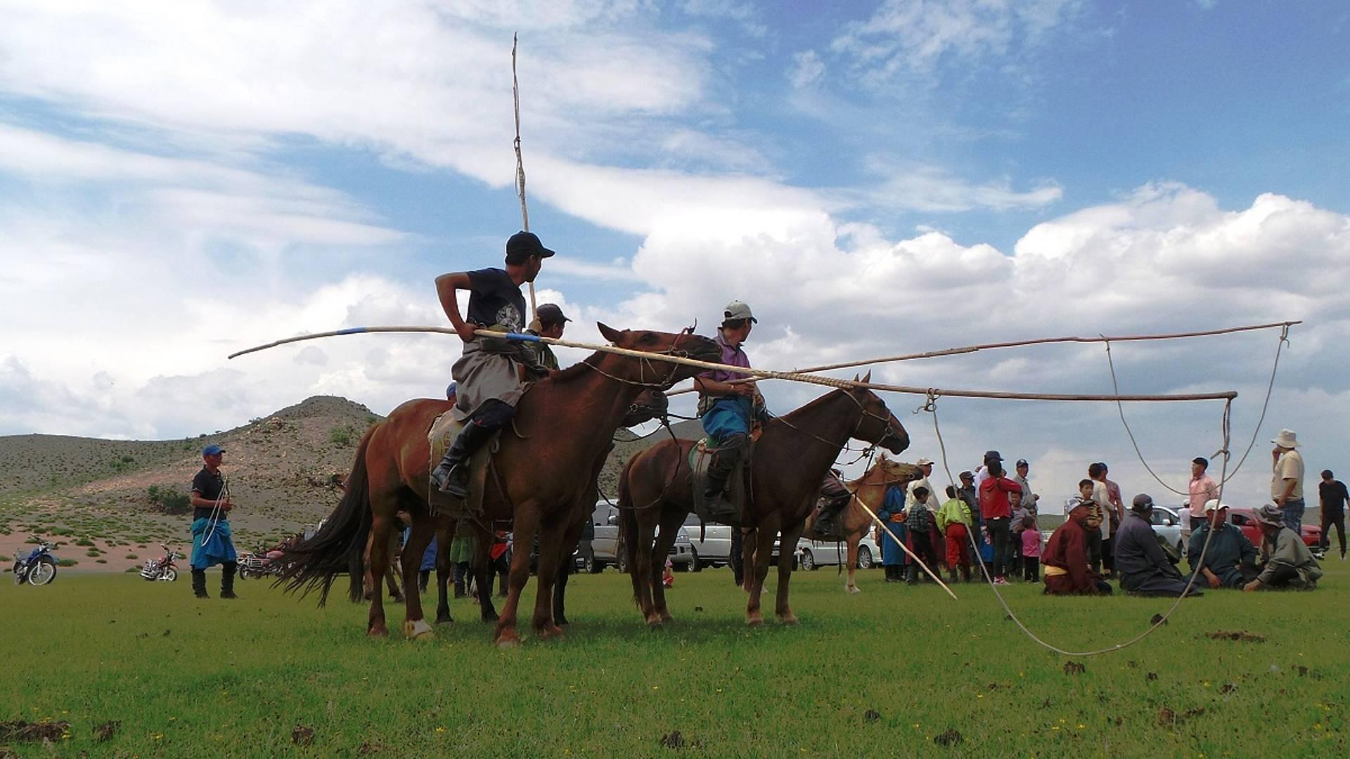Equitation et camping dans le Khangaï