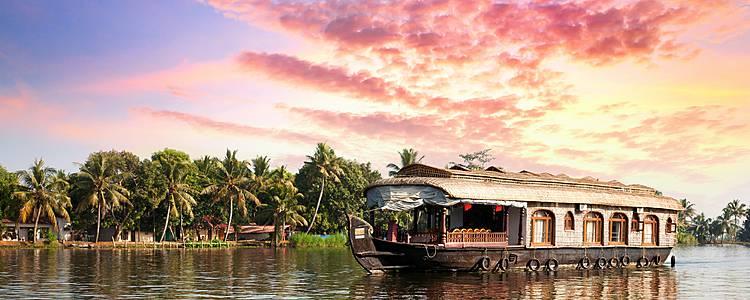 Una vacanza in famiglia nel rigoglioso e magico Kerala