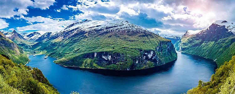 Fantastic fjord road trip