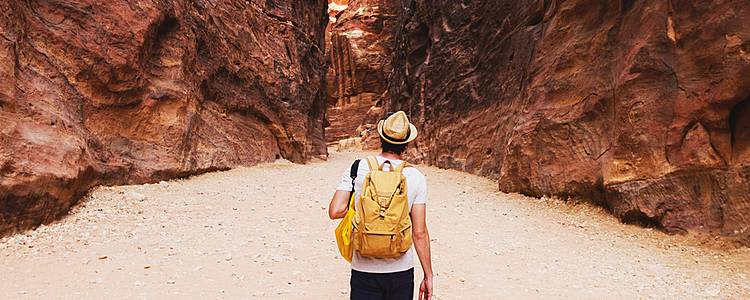 Wadi Rum hiking tour and Jordan discovery