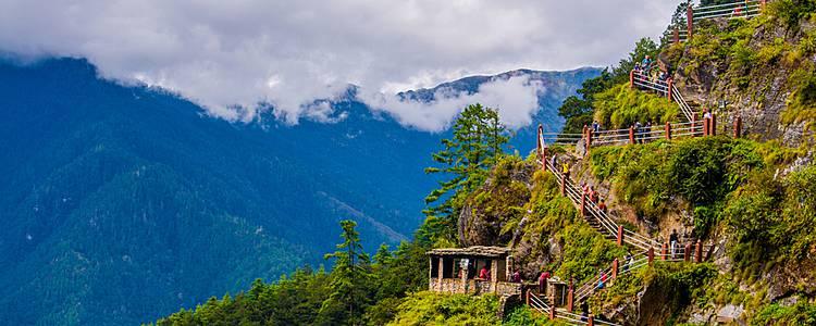 Jhomolhari overnight trek and Bhutan discovery