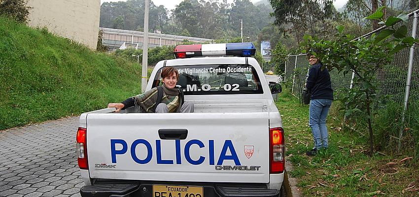 Prueba a hacer autostop y viaja con la policía