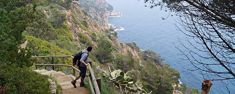 Berge und Strände am Mittelmeer