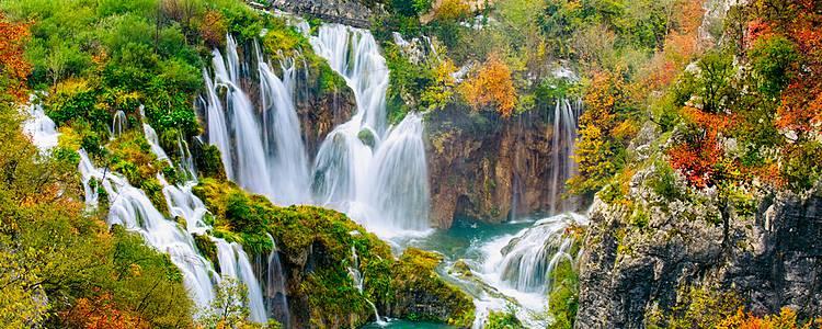 Slovenia's lakes and Croatia's coast