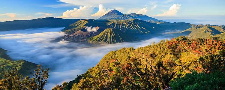 Erkundung der Inseln: Java, Borneo und Bali