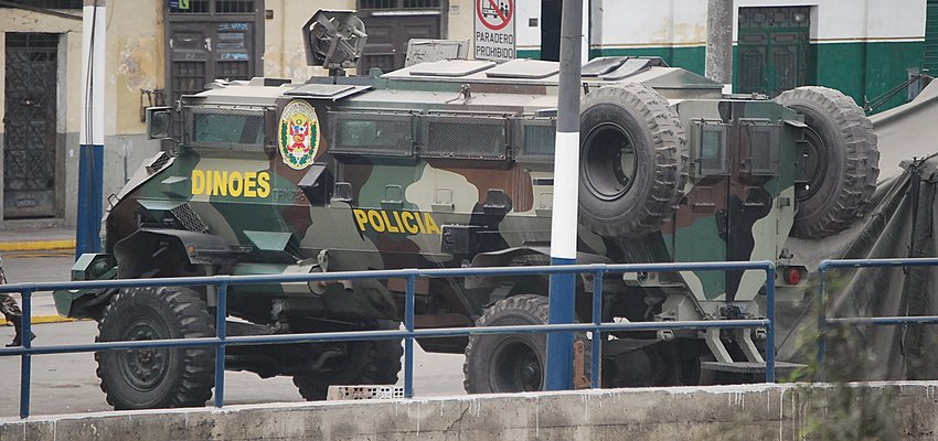 Police vehicle in Lima