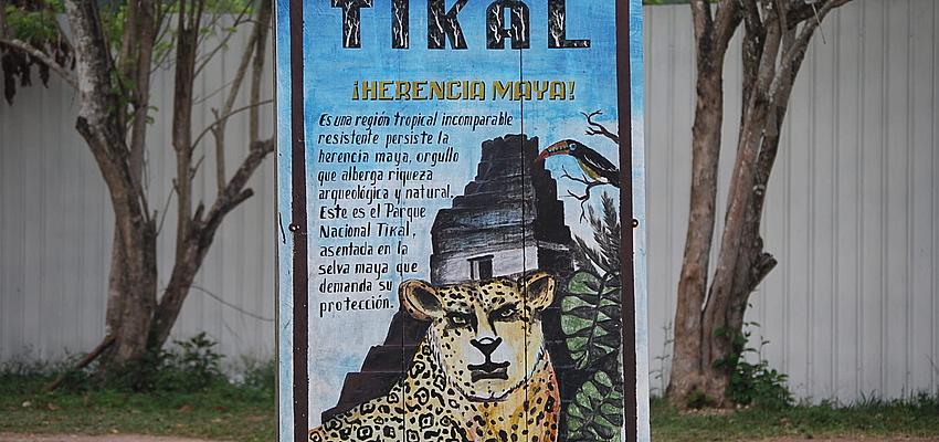 Entrada de Tikal