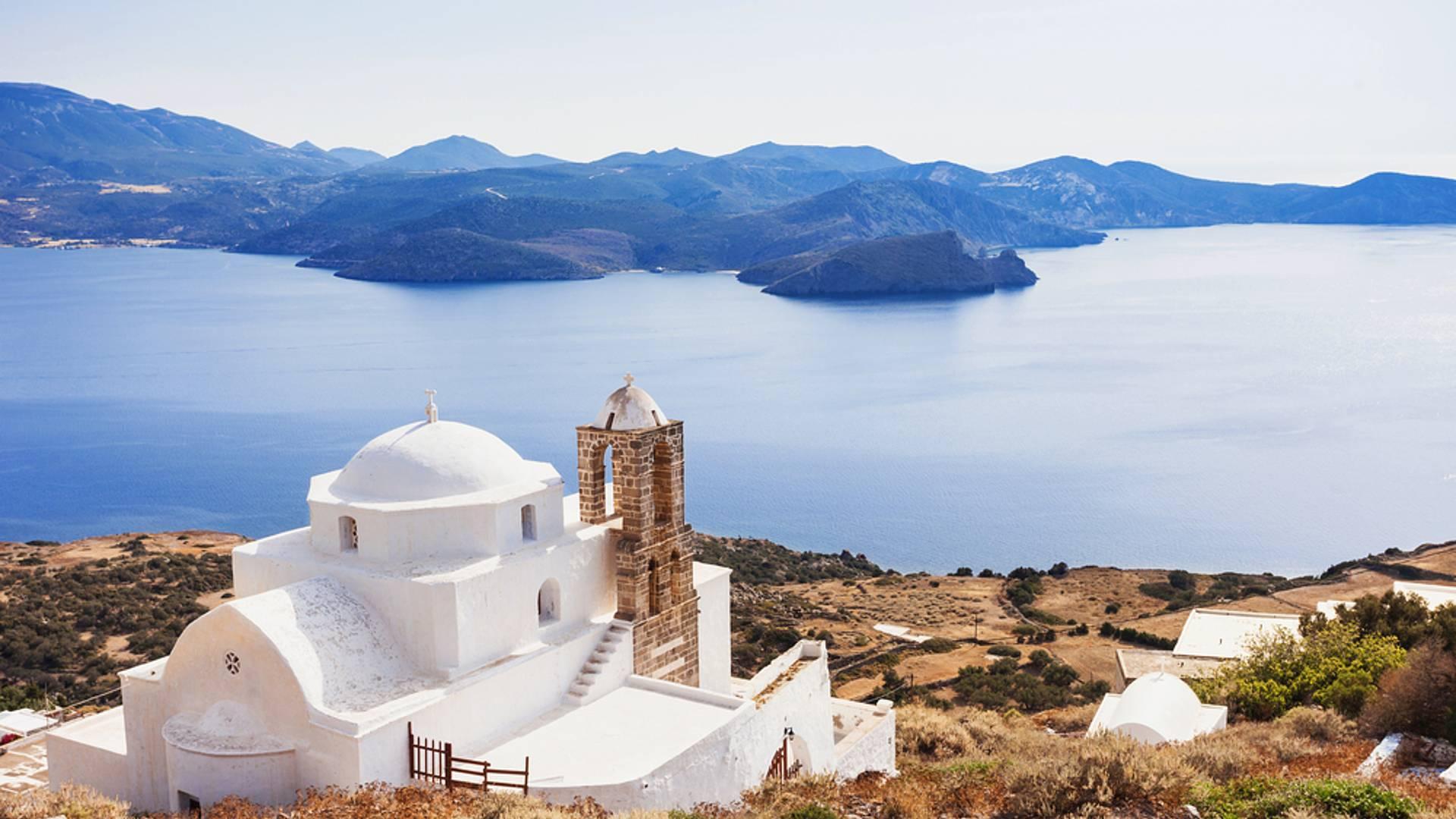 Milos, Paros, Santorin... traversée merveilleuse des Cyclades