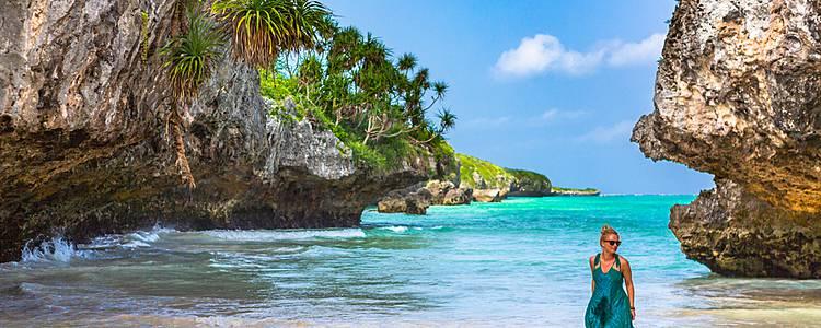 Safari and relaxing beaches in Zanzibar