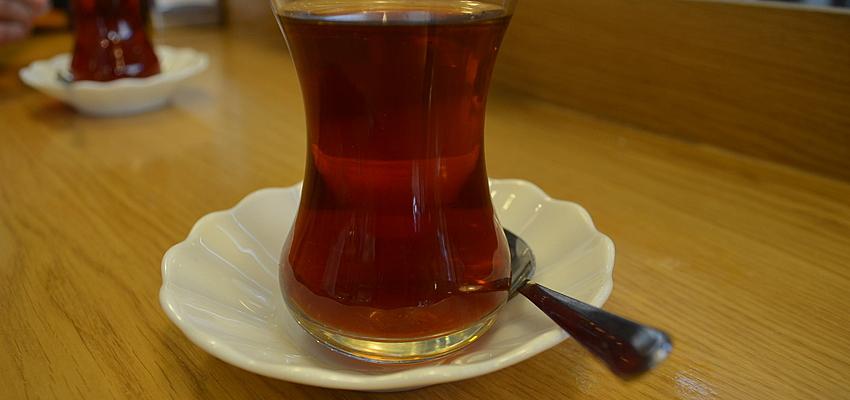 Un thé en Turquie
