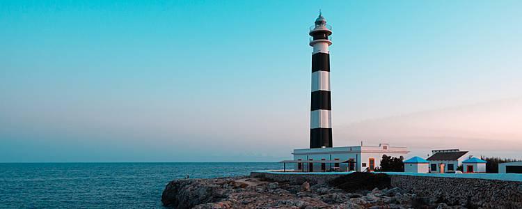 Randonnées au détour des 5 phares de Minorque