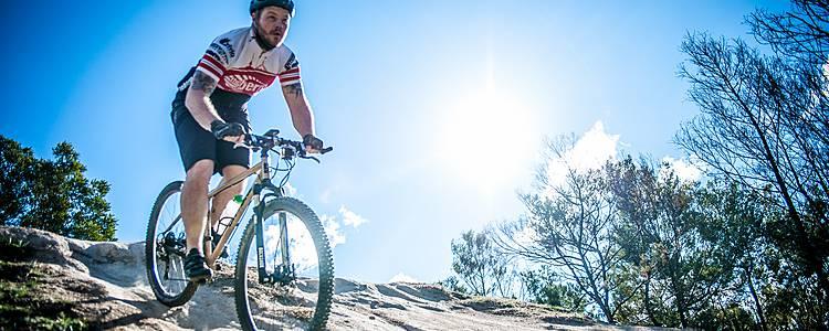 Mountain bike e turismo attivo tra vulcani attivi e dormienti