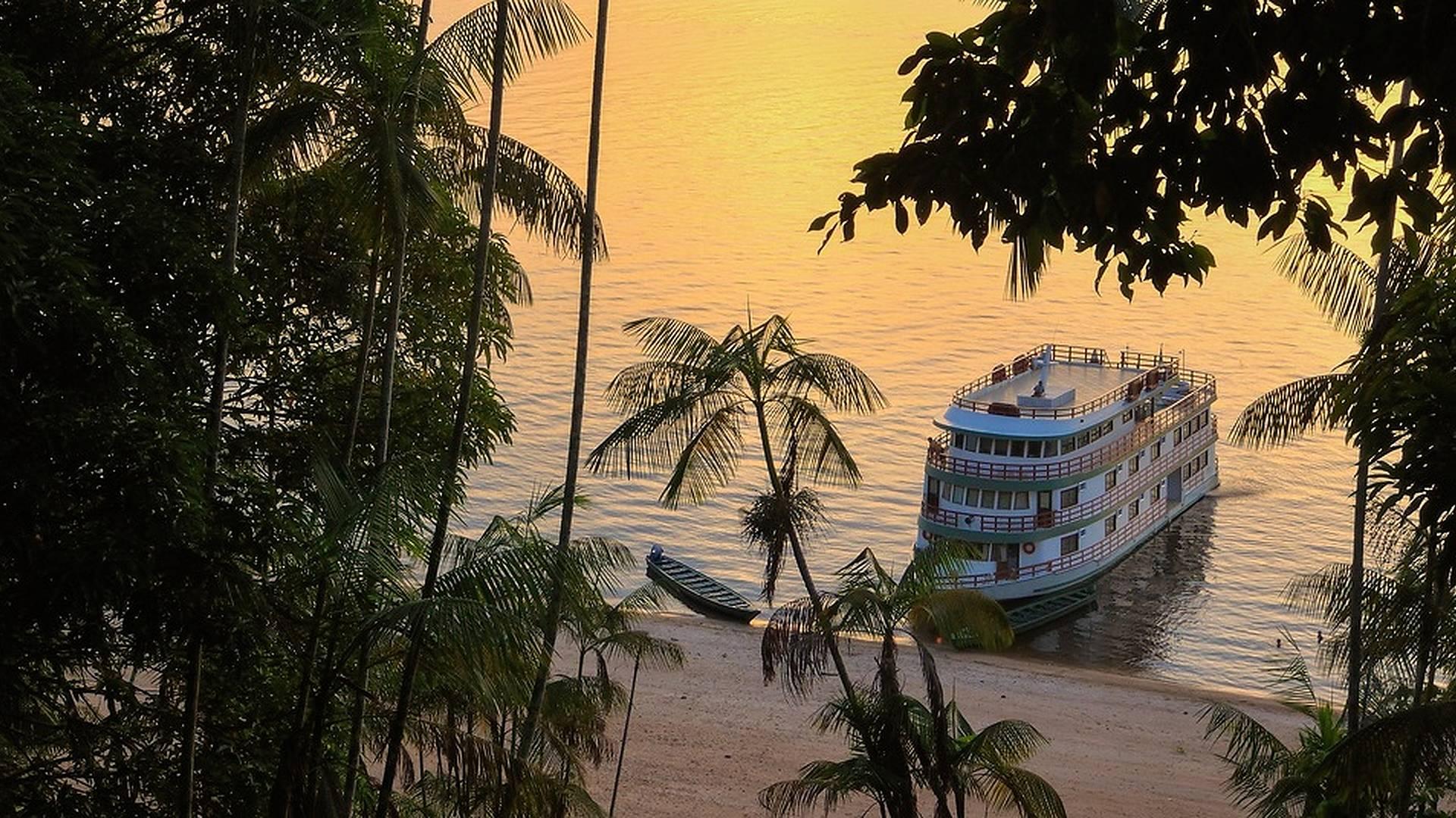 Privates Amazonas-Dampfer Abenteuer