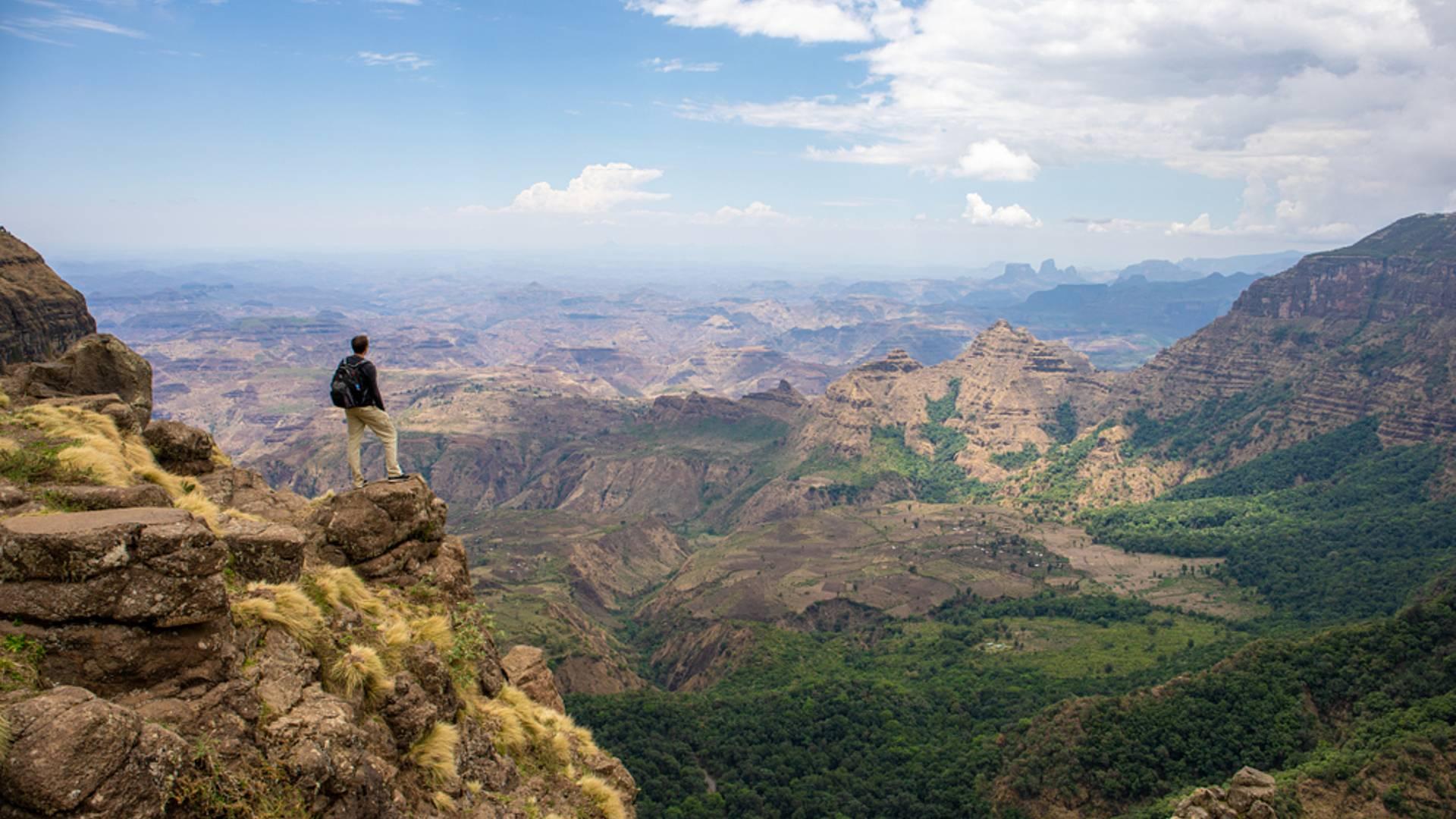 Randonnées sur les hauts plateaux à la rencontre d'une civilisation ancestrale