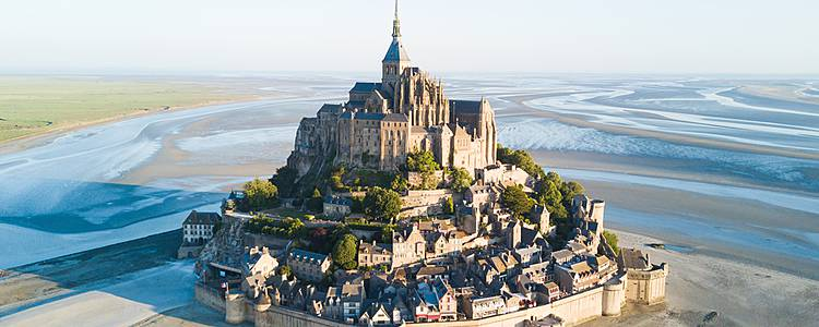 Loire Valley Chateaux and Normandy Beaches
