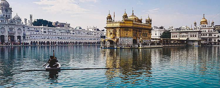 Triángulo de Oro con Amritsar y Varanasi