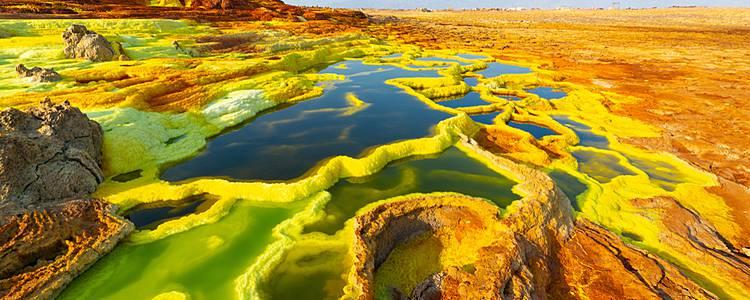 Paisajes lunares y desiertos de Sal de Danakil a Lalibela