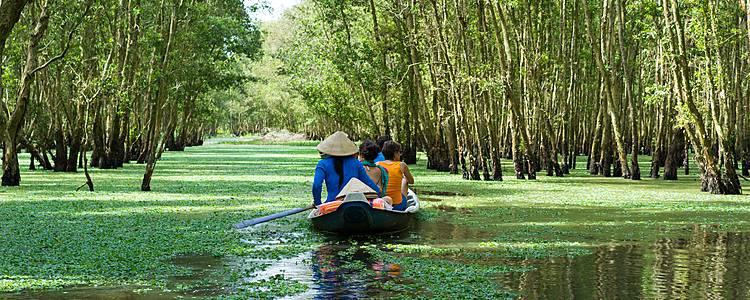 Viaggio responsabile tra natura e cultura