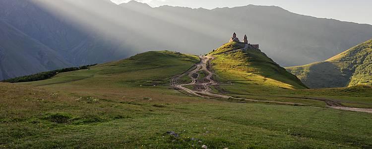 Drei Länder Rundreise im Schatten vom Kaukasus