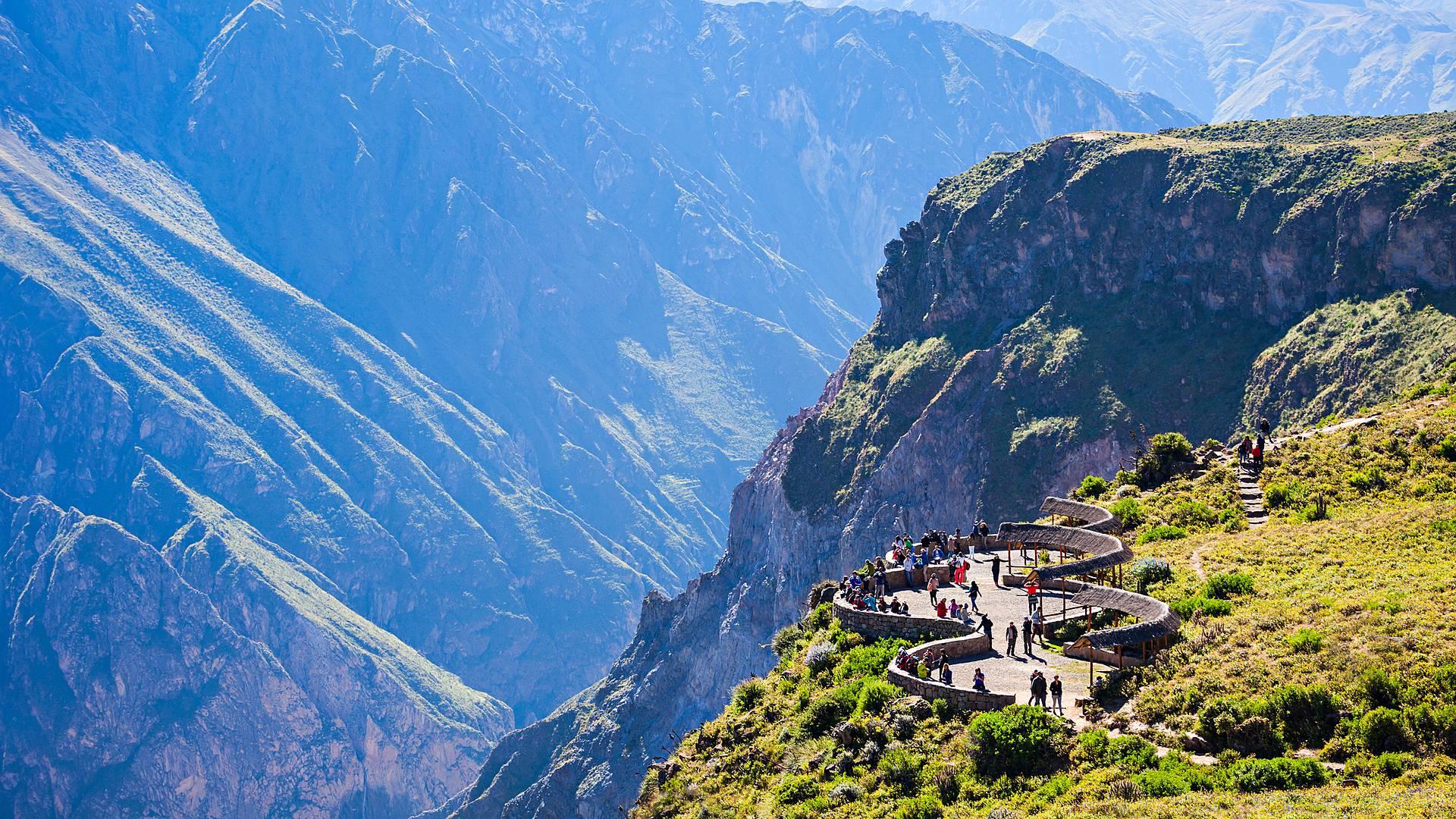 Nasca, Valle del Colca, Puno e Machupicchu