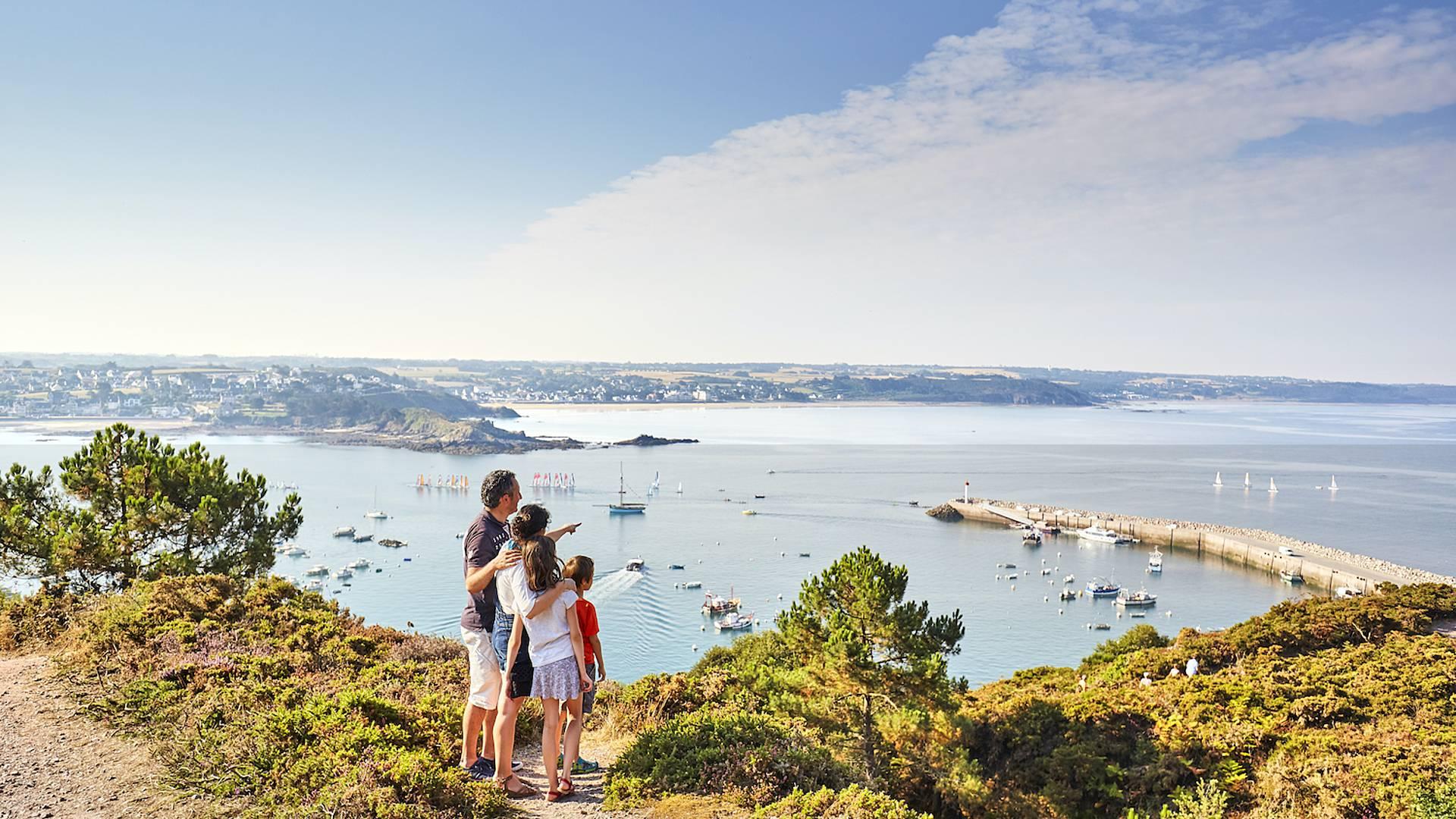 Randonnée le long de la côte d'Emeraude, de Saint Malo au Cap d'Erquy