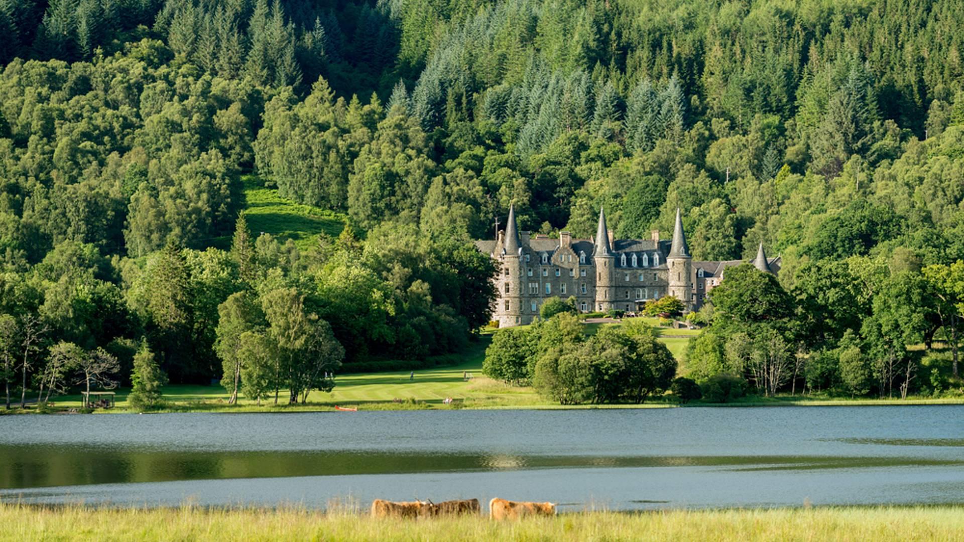 Les Highlands en demeures de charme et voiture de collection