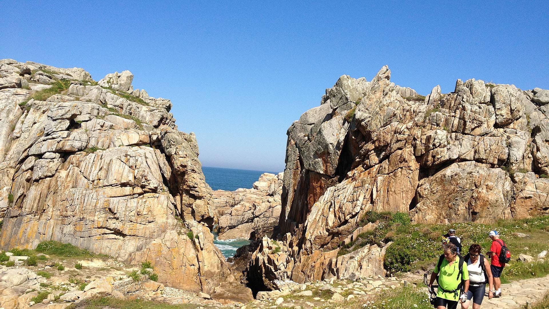Randonnée sur l'île de Bréhat et la côte de granit rose en petit groupe