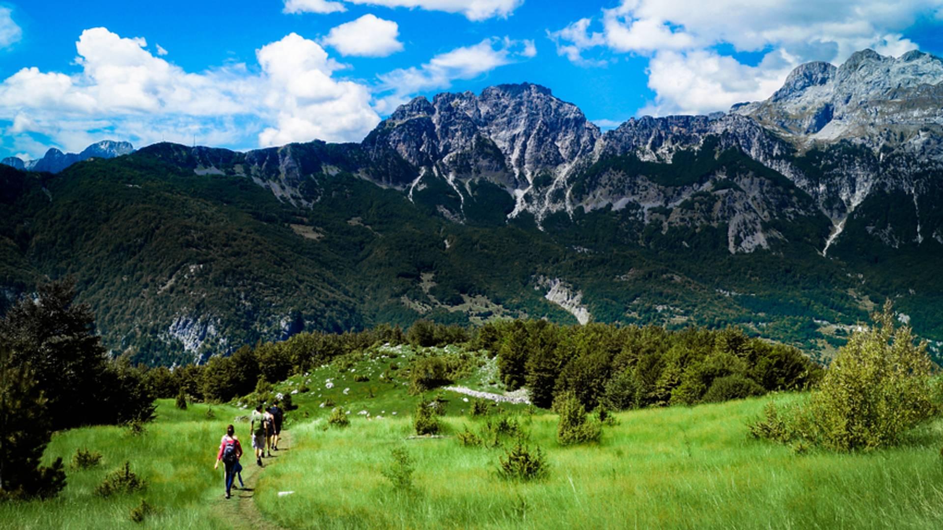 Escape en los Alpes Albaneses