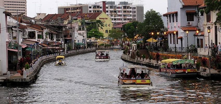 Boat ride on Malacca River
