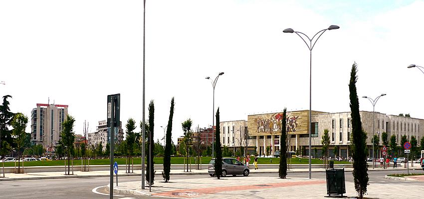 La Piazza di Tirana oggi