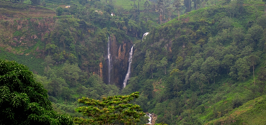 Cascades dans le centre du Sri Lanka