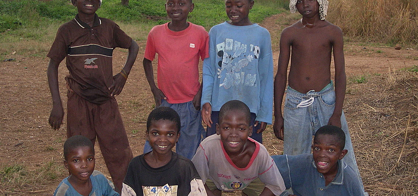 Niños cameruneses