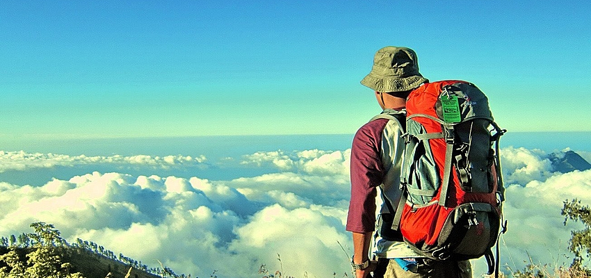 Caminata guiada por los impresionantes paisajes de Indonesia