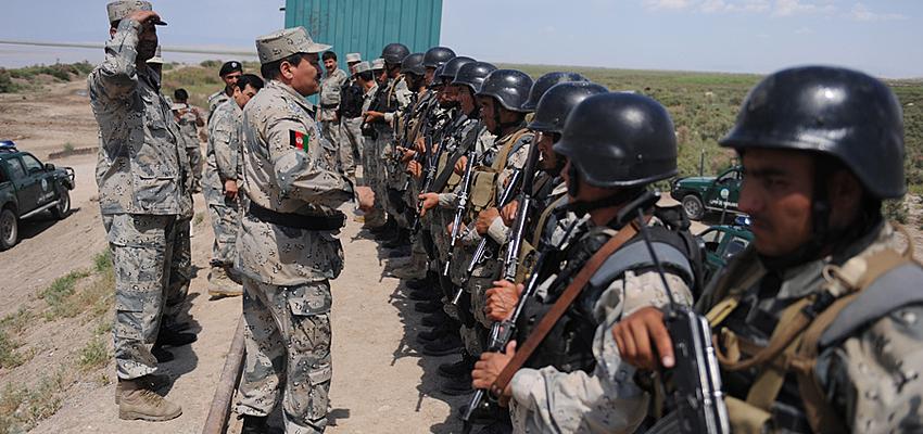 Militaires en Ouzbekistan