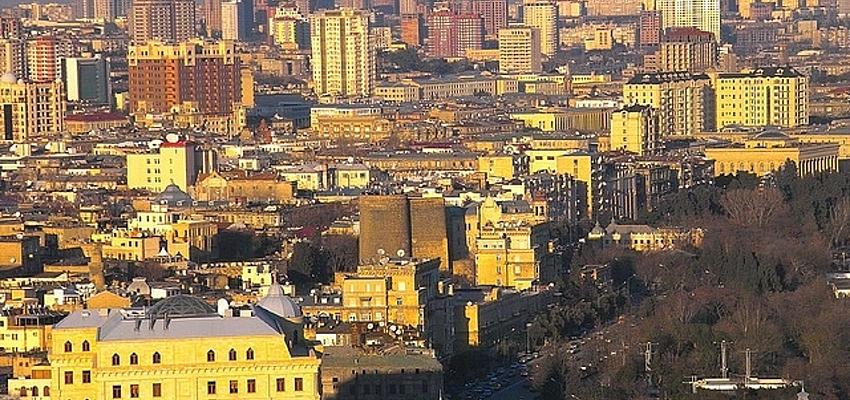 Vues sur Bakou, la capitale de l'Azerbaïdjan