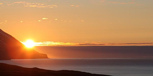 Soleil de minuit à Dalvik