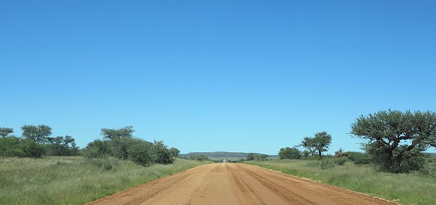 Auf den namibischen Straßen werden Sie oft allein sein