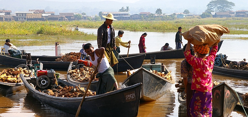 Pescadores birmanos