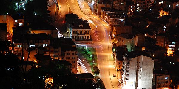 Centre-ville de Trabzon de nuit, Turquie