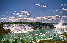 La Big Apple et Les Niagara Falls