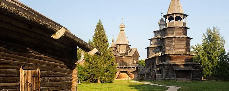 Saint-Pétersbourg et Novgorod en été