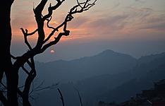 L\'Himalaya authentique : quête spirituelle et rencontres ethniques