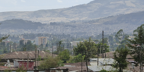 Vista sulle montagne che circondano Addis Abeba