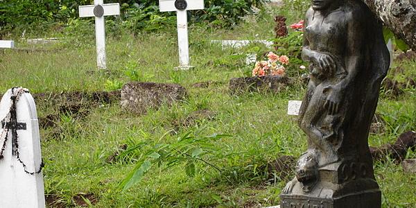 La tombe de Paul Gauguin, cimetière du Calvaire